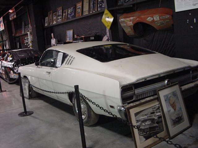 Photo of White Banjo Matthews Prototype Ford Talladega