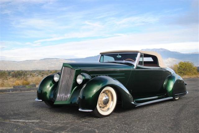 Photo of Bones Zoot Zooter 1937 Packard Burns!