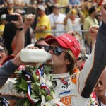 Indy 500;Dan Weldon wins with front stretch pass