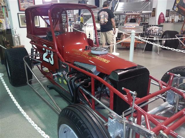 knoxville speedway national sprint car hall of fame museum information on collecting cars. Black Bedroom Furniture Sets. Home Design Ideas