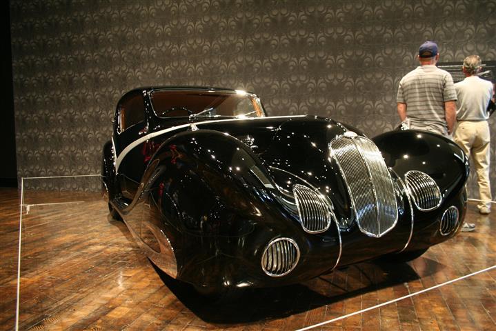 Photo of Sensuous Steel Art Deco Automobiles at the Nashville Frist Museum