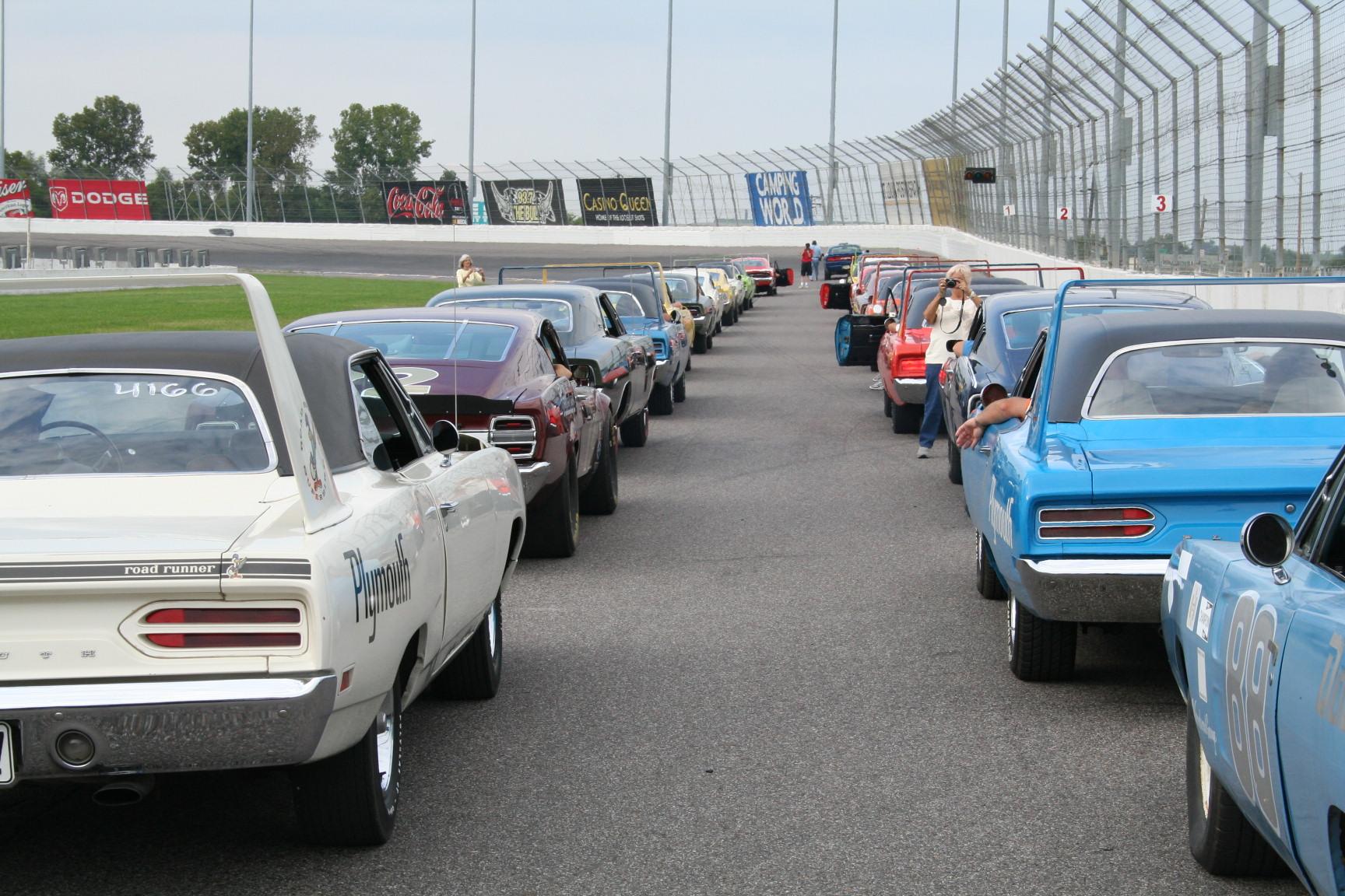 Photo of 1969 Dodge Charger Daytona Background-Part 2