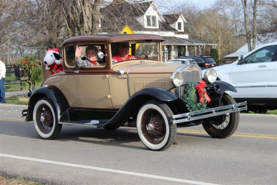 Leipers Fork Christmas Parade 2015