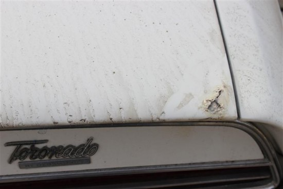 The trunk lid rear edge does have some rust but should be salvageable.
